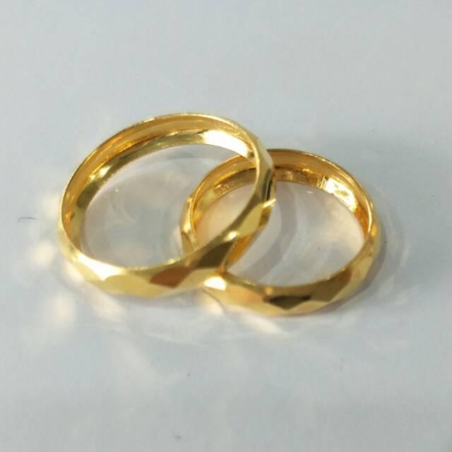 Tips Memilih Cincin Emas Couple Terbaik Sebagai Hadiah Untuk Pasangan